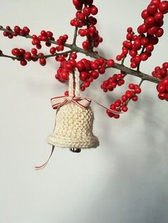 Christmas knitting pattern make your own bell