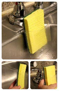 Porta esponja feito de material reciclado.