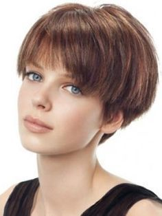 Best Short Wedge Haircuts for Chic Women The wedge hairstyles give women a retro look. Find the best advice as well as hot picture of the Best Short Wedge Haircuts for Chic Women. Short Wedge Haircut, Short Wedge Hairstyles, Cute Hairstyles For Short Hair, Summer Hairstyles, Bob Hairstyles, Straight Hairstyles, Hairstyles Pictures, Beautiful Hairstyles, Pictures Of Pixie Haircuts