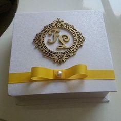 #caixa #box #caixaspersonalizadas #caixapersonalizada #casamento #casamentos #wedding #garimpandolembrancas #entrenafesta #ateliekeciamoreira
