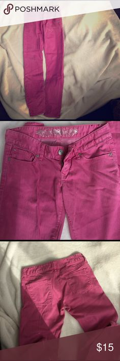 Pink express skinny jeans 🌸💕☺💐 In great condition! Perfect for spring (: size 0 Express Jeans Skinny