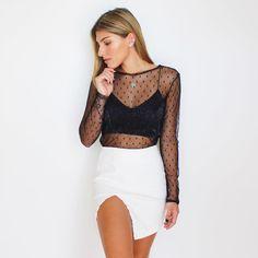 7a5d091da 15 melhores imagens de Blusa tule preta | Couture, Woman fashion e ...
