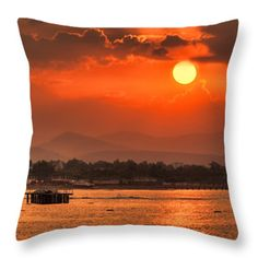 """throw pillows are made from 100% cotton fabric and add a stylish statement to any room.   Pillows are available in sizes from 14"""" x 14"""" up to 26"""" x 26"""".   Each pillow is printed on both sides (same image) and includes a concealed zipper and removable insert (if selected) for easy cleaning."""
