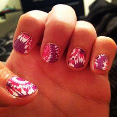 Tie die nails :)
