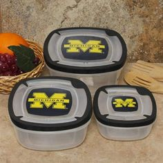 Great for those tailgate leftovers! Pack it up quick and get into the stadium for the game! #UltimateTailgate #Fanatics