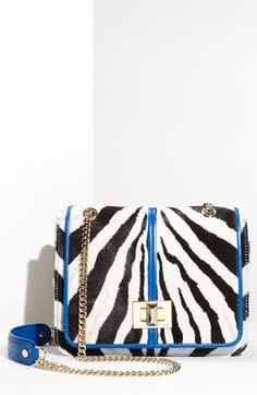 wholesaledesignerhub.com  dressmaker luggage for females, discounted duplicate developer sneakers low cost, developer apparel on discount sales.