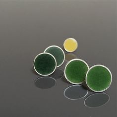 spring GREEN earring DOMED stud single sterling silver resin