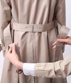 コートのベルトの結び方 ファッション通販のNY.online Fashion Outfits, Womens Fashion, My Style, How To Wear, Clothes, Beauty, Design, Trench Coats, Ideas