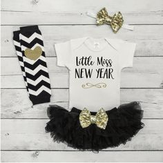 Baby Girl New Years Outfit Set - Your little girl will be sparkling in style with this adorable 4-piece New Years outfit. It also makes a great photo prop! We at Bump and Beyond Designs love to help y