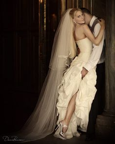 A 'private' photo just for the bride and groom - perfect way to capture the couple's passion