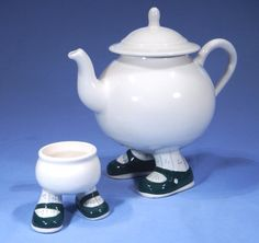 Carlton Ware Novelty Walking Tea Pot and Egg Cup