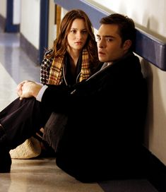 """""""You're not like that anymore. You're strong. You carry people, you carry me"""" Blair Waldorf"""