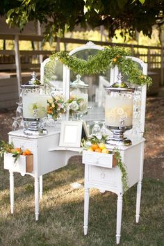 Vintage Drink Station The Hottest New Wedding Reception Ideas Buffet Chic, Deco Buffet, Wedding Reception Ideas, Wedding Catering, Wedding Ceremony, Wedding Venues, Church Wedding, Mod Wedding, Rustic Wedding