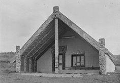 Te Tokanganui-A-Noho Meeting House, Te Kūiti, 1917 | NZHistory, New Zealand history online