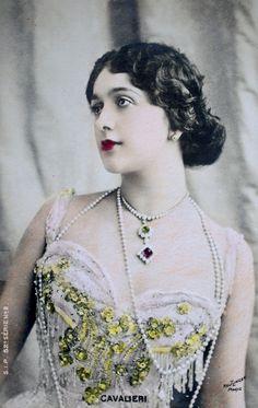 Lina Cavalieri (1874-1944) Italian operatic soprano and diseuse.  [t.o.t.c. edit: S.I.P. postcard, photo by Reutlinger]  fromshhme