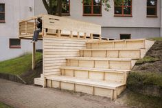 Students at EASA 2016 Transform Nida in Lithuania With Series of Installations
