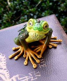 Tree Frog Steampunk Myxie Pal Sculpture by MysticReflections on Etsy