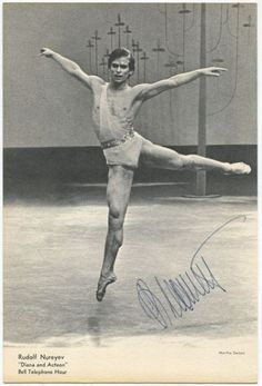 Rudolf Nurejew, Dance Images, Dance Photos, Dance Magazine, Famous Dancers, Margot Fonteyn, Mikhail Baryshnikov, Male Ballet Dancers, Nureyev