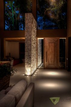 Casa de Campo Quinta do Lago - Tarauata: Corredores e halls de entrada por Olaa Arquitetos Dream Home Design, Modern House Design, Home Interior Design, Interior Decorating, Future House, My House, Design Exterior, Door Design, Dream House Exterior