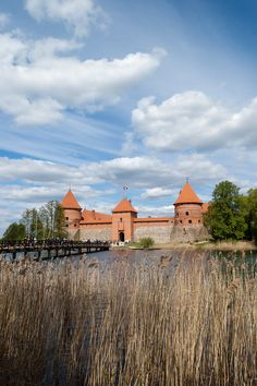 https://flic.kr/p/ndasjz | Baltic Trip of Raccoon Pedro | Lithuania | Trakai Island Castle | Baltic Trip 2014. Photo by World Wide Gifts (www.world-wide-gifts.com). See more about Raccoon Pedro's travelling at instagram.com/worldwide_souvenirs/