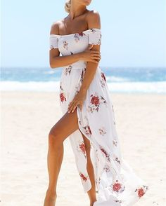 The stunning Laguna Maxi Dress is sure to turn heads! 🌹 Shop now via the link in our bio #hellomollyfashion