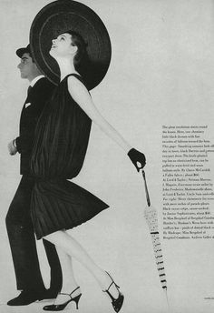 Claire McCardell P/E 1958, chapeau de John Frederics et ombrelle de Uncle Sam. Photo Karen Radkai. Mannequin Anne Sainte-Marie. Claire Mccardell, 1950s Fashion Photography, Art Photography, Vintage Dresses, Vintage Outfits, 1950s Dresses, Vintage Clothing, New Look Fashion, Vintage Vogue