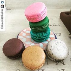 #Repost @themadsterwatts                                            ・・・ When you still have so many macarons.                                   I really need a macaron emoji.                                                                     ✈Miami->Texas ✈️