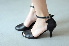 TINKERBELL Black FREE SHIPPING Handmade Shoes Summer