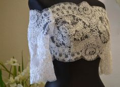 Alencon Lace Bridal Shrug, Alencon Lace Wedding Shrug, Lace Shrug - Off-White or Ivory Wedding Shrug, Bridal Bolero, Wedding Cape, Bridal Lace, Wedding Attire, Wedding Gowns, Lace Wedding, Lace Shrug, Day Dresses