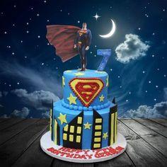 Superman Cake by MsTreatz - http://cakesdecor.com/cakes/283208-superman-cake