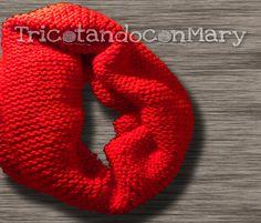 Mi trabajo de Bufanda tejida en punto Bobo o Santa Clara en color Rojo, que me ha venido genial durante este invierno 2015. • My work stitch Bobo Scarf knitted or Santa Clara in red, have come genial during this winter 2015.