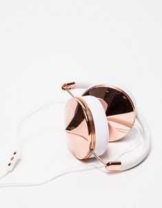 Copper Headphones | | The Fifth Watches // Minimal meets classic design: www.thefifthwatches.com