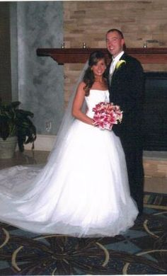 Vera Wang White VW351135 6 find it for sale on PreOwnedWeddingDresses.com