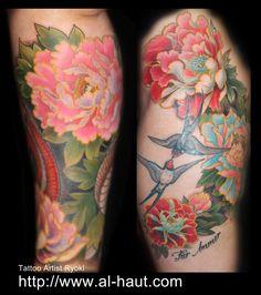 Flower tattoos by Ryoki.
