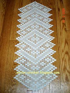 tapetes pet kittens for sale - Kittens Thread Crochet, Love Crochet, Irish Crochet, Crochet Motif, Crochet Lace, Crochet Table Runner Pattern, Crochet Tablecloth, Doily Patterns, Crochet Patterns