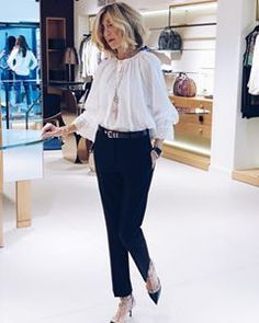Fashion Trends for Women Over 50 - Fashion Trends Mature Fashion, Over 50 Womens Fashion, Office Fashion, Fashion Over 50, Work Fashion, Daily Fashion, Everyday Fashion, Trendy Fashion, Fashion Trends