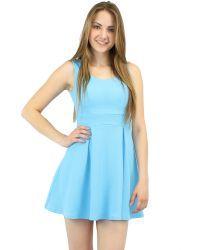 Sweetheart skater dress in blue. Sleeveless.