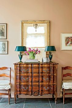 Classically Elegant New Orleans Home: New Orleans Study Walnut Chest New Orleans Decor, New Orleans Homes, Southern Homes, Southern Living, Love Home, Classic House, Traditional House, Decoration, Elegant