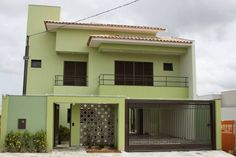 Moderna y llena de color: ¡esta casa te va a encantar! (De Joo Castro Chan)