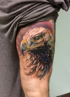 Love the highlighting with this too but that would have to be a VERY special artist to do this Tatoo 3d, Hawk Tattoo, Tattoo You, Great Tattoos, Beautiful Tattoos, Tattoos For Guys, Eagle Tattoos, Word Tattoos, Animals Tattoo