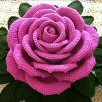 Embroidery Flowers Pattern, Crochet Flower Patterns, Crochet Designs, Crochet Flowers, Crochet Tablecloth, Crochet Doilies, Diy Crafts Crochet, Crochet Flower Tutorial, Granny Square Crochet Pattern
