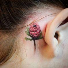 Минималистичная протея /minimalistic protea  #tattoo #minimalistic #ink #flowertattoo #protea #rtats #ksuarrow #тату art by lorraineloots