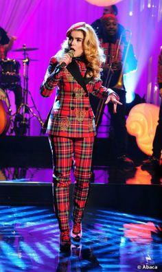 Paloma Faith performs on The Graham Norton Show tonight, 14 February 2014 Irina Lazareanu, Tavi Gevinson, Jemima Kirke, Norton Show, Paloma Faith, Francoise Hardy, Vanessa Jackman, Jeanne Damas, Beauty Magazine