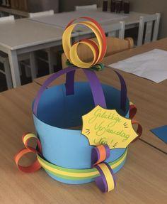 Birthday Cake, School, Desserts, Infancy, Hat, Tailgate Desserts, Deserts, Birthday Cakes, Postres
