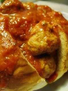 Tous à vos chaudrons...: Sauce aux boulettes de viande (Marina Orsini)