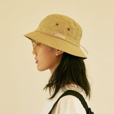 Fashion Hub, Golf Fashion, Hats Tumblr, Bucket Hat Outfit, Denim Cap, Sun Hats For Women, Vide Dressing, Hat For Man, Head Accessories