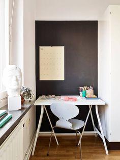 little desk in a corner (via Stadshem)