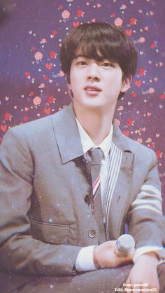 "JIN ♥️😍♥️ BTS Muster 'Happy Ever After' My edit :] Happy Birthday Jin Related Post Bts in saipan summer package 2018 ""(Source: mirto) Happy B-Day Robin! "" Jin durante o Fansing Aladin Foto Bts, Bts Photo, Bts Jin, Seokjin, Billboard Music Awards, K Pop, Bts 4th Muster, Bts Wallpapers, Frases Bts"