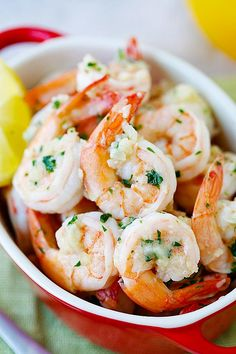 Lemon Garlic Shrimp - easiest and best shrimp recipe with lemon, garlic, butter, and shrimp #shrimp #foodporn #dan330 http://livedan330.com/2015/03/20/lemon-garlic-shrimp/