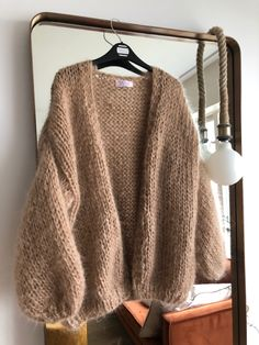 Mohair cardigan in camel color. Handknit with mohair and alpaca Summer Knitting, Baby Knitting, Knit Cardigan Pattern, Knitting Machine Patterns, Alpaca, How To Purl Knit, Mohair Sweater, Kawaii Clothes, Crochet Fashion